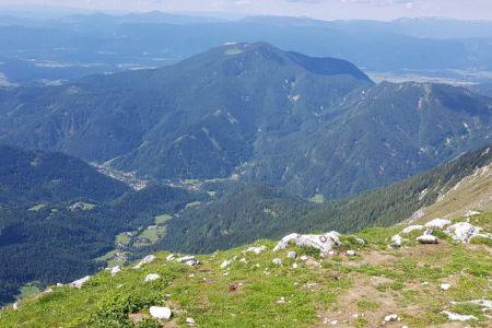 Veliki vrh - pogled proti Dobrči.jpg