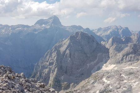 Dolkova špica - pogled proti Triglavu.jpg