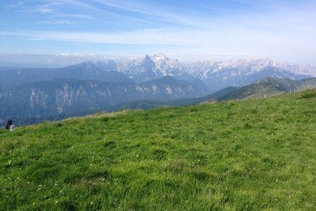 Golica - pogled proti Triglavu.JPG