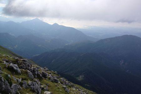 Begunjščica - pogled proti Kriški gori.JPG