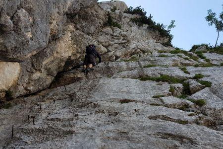 Pot čez prag 1700 - plezanje.jpg